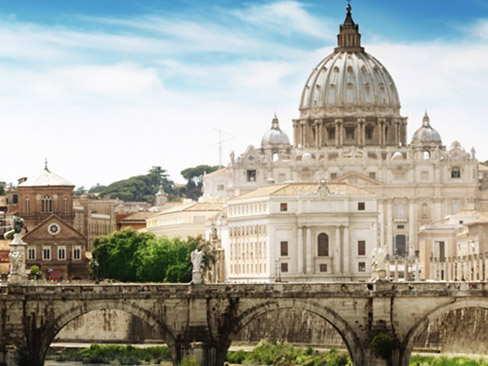 Transfer Florence to Rome via Siena