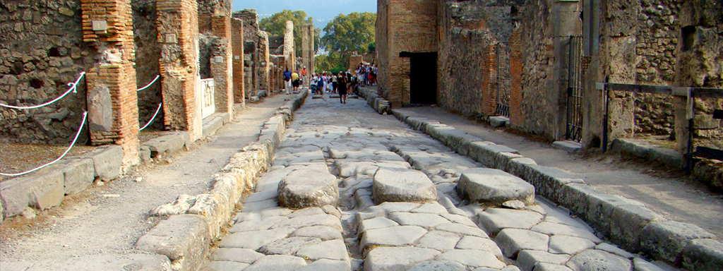 Naples shore excursion - Pompeii & The Amalfi Coast 2