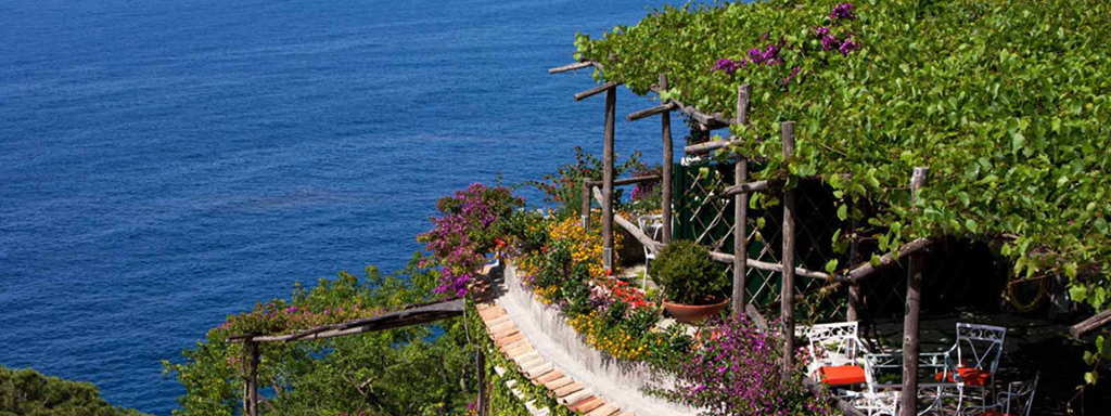 Positano hotel and transfer to Naples airport 1