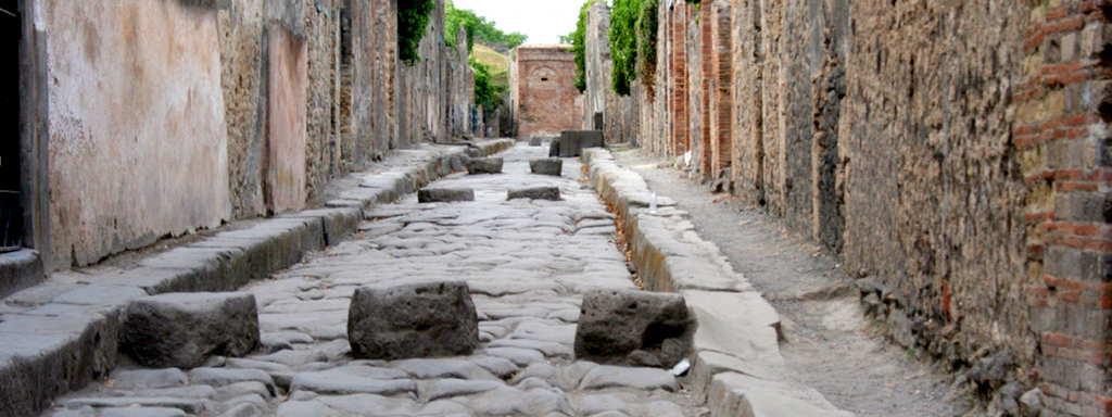 Sorrento to Rome via Pompeii 3