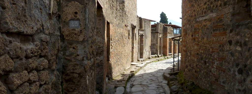 Transfer Rome to Amalfi or Ravello via Pompeii 2