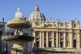 Private Exclusive tour of St Peter's Basilica and Square
