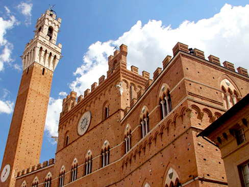 Transfer Siena to Rome